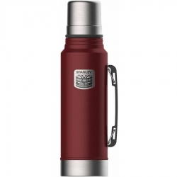 Stanley 1.1-Quart Classic Badged Crimson