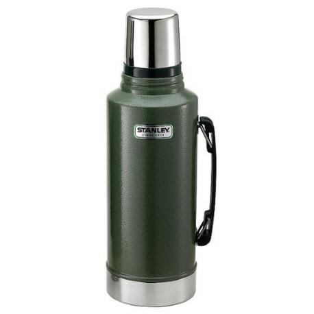Stanley Classic Vacuum Bottle - 2qt / 1.9 литра